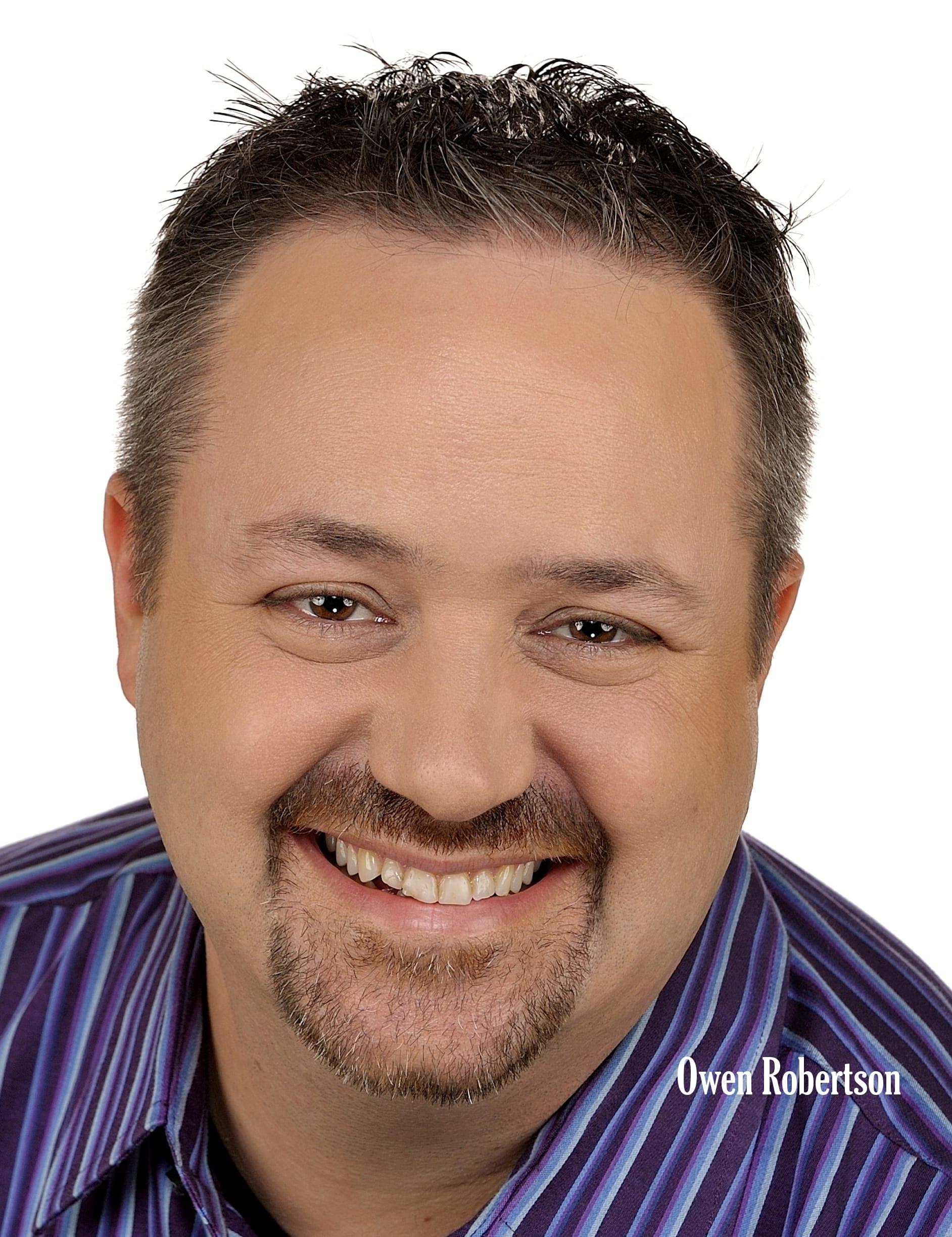 Headshot of Owen Reobertson